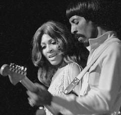 Lời bài hát được thể hiện bởi ca sĩ Ike & Tina Turner