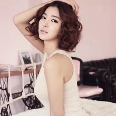 Lời bài hát được thể hiện bởi ca sĩ NS Yoon Ji