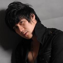 Lời bài hát được thể hiện bởi ca sĩ Khánh Phương