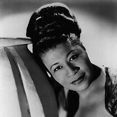 Lời bài hát được thể hiện bởi ca sĩ Ella Fitzgerald
