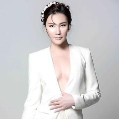 Nghệ sĩ Hồ Quỳnh Hương