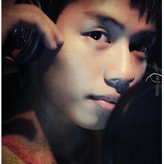 Lời bài hát được thể hiện bởi ca sĩ Trip Hậu ft. Hoàng Song Vũ