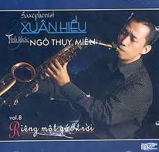 Lời bài hát được thể hiện bởi ca sĩ Xuân Hiếu