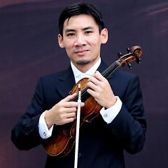Lời bài hát được thể hiện bởi ca sĩ Nguyễn Hạ Thiện( Violin Solos)