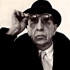 Lời bài hát được thể hiện bởi ca sĩ Igor Stravinsky ft. Columbia Symphony Orchestra
