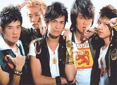 Lời bài hát được thể hiện bởi ca sĩ K-One