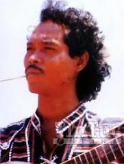 Lời bài hát được thể hiện bởi ca sĩ Y Moan