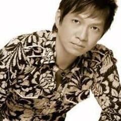 Lời bài hát được thể hiện bởi ca sĩ Nguyễn Minh Anh ft. Lâm Chấn Huy ft. Phạm Thanh Thảo