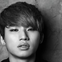 Lời bài hát được thể hiện bởi ca sĩ Dae Sung