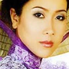 Nghệ sĩ Vân Khánh