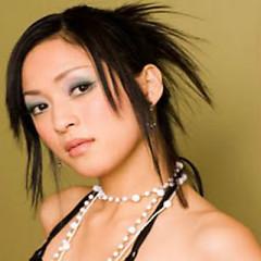 Lời bài hát được thể hiện bởi ca sĩ Dạ Nhất Yến
