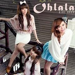 Lời bài hát được thể hiện bởi ca sĩ Ohlala Band