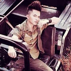Lời bài hát được thể hiện bởi ca sĩ Nam Cường