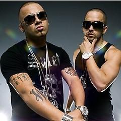 Lời bài hát được thể hiện bởi ca sĩ Wisin Y Yandel ft. Jennifer Lopez