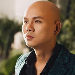 Nghệ sĩ Phan Đinh Tùng
