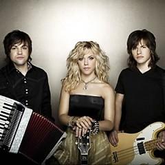 Lời bài hát được thể hiện bởi ca sĩ The Band Perry