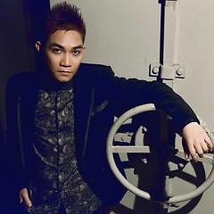 Nghệ sĩ Phạm Khánh Hưng