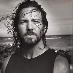 Lời bài hát được thể hiện bởi ca sĩ Eddie Vedder