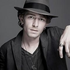 Lời bài hát được thể hiện bởi ca sĩ Michael Grimm ft. Travis Tritt