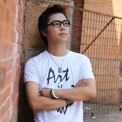 Lời bài hát được thể hiện bởi ca sĩ Hà Chí Tường