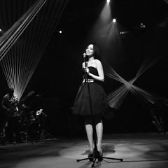 Album 倾听/ Lắng Nghe - Trương Tịnh Dĩnh