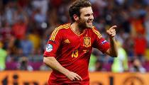 Vòng Chung Kết: Tây Ban Nha - Ý: 4 - 0 (Mata Ấn Định Tỉ Số 4 - 0 Cho Tây Ban Nha) -