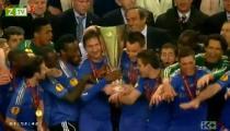Cúp Châu Âu - Toàn Cảnh Các Cầu Thủ Chelsea nâng Cup Vô Địch UEFA