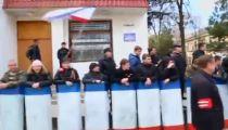 Người Dân Biểu Tình Ở Crimea -