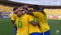 Neymar sút phạt ghi bàn cho ĐT Brazil -