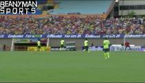Neymar biểu diễn kỹ thuật trên sân tập -