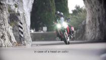 Thử nghiệm áo bảo hộ túi khí cho người lái mô tô -