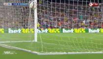 Messi nâng tỷ số lên 3-0 -