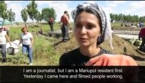 Ukraine: Mariupol residents fortify the city in preparation for rebel advance - video -