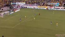 Pha bỏ lỡ không tưởng của Neymar -